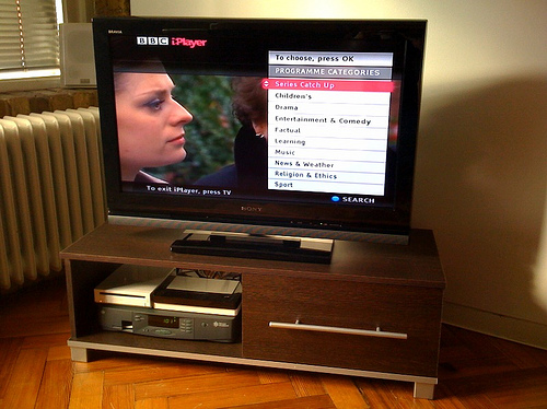 iPlayer too difficult to use on Smart TV say BBC